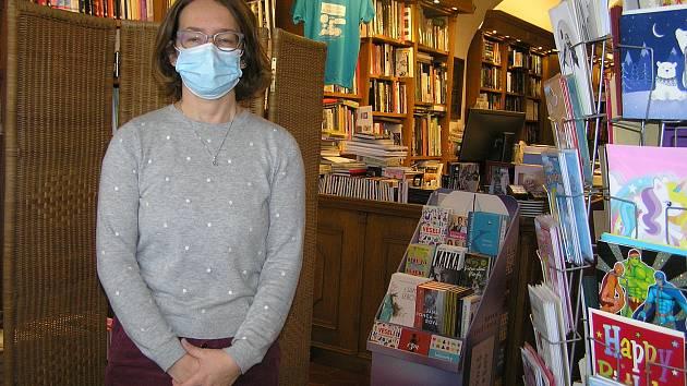 Knihkupectví Veroniky Reynkové je s letní přestávkou přestávkou zavřené vlastně už od jara.