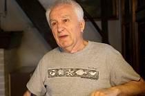 Dosluhující primátor Jihlavy Jaroslav Vymazal rozdával v minulých týdnech poslední primátorské ceny. Mezi oceněné se dostal badatel Ladislav Vilímek.