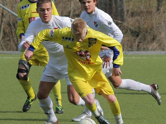 Ligovým starším dorostencům Jihlavy vstup do odvetné části nevyšel, proto se FC Vysočina rozhodl vsadit na karty rezervy, která vede MS ligu.