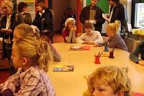 Mezi vyučováním ve školách v Jihlavě a v partnerském  městě Purmerendu je bezpočet rozdílů. O přestávkách tam ale děti zlobí stejně.