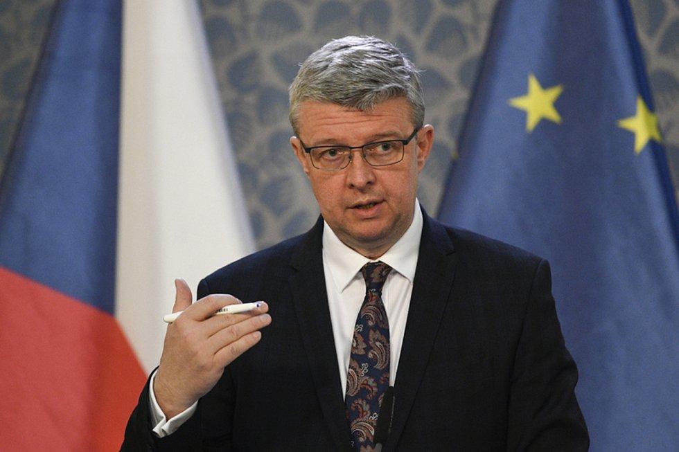 Ministr průmyslu a obchodu a dopravy Karel Havlíček.