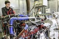 Jihlavská zkušebna motorů. Tady se dlouhodobě zkoušely nové motory pro Indii se systémem vstřikování.