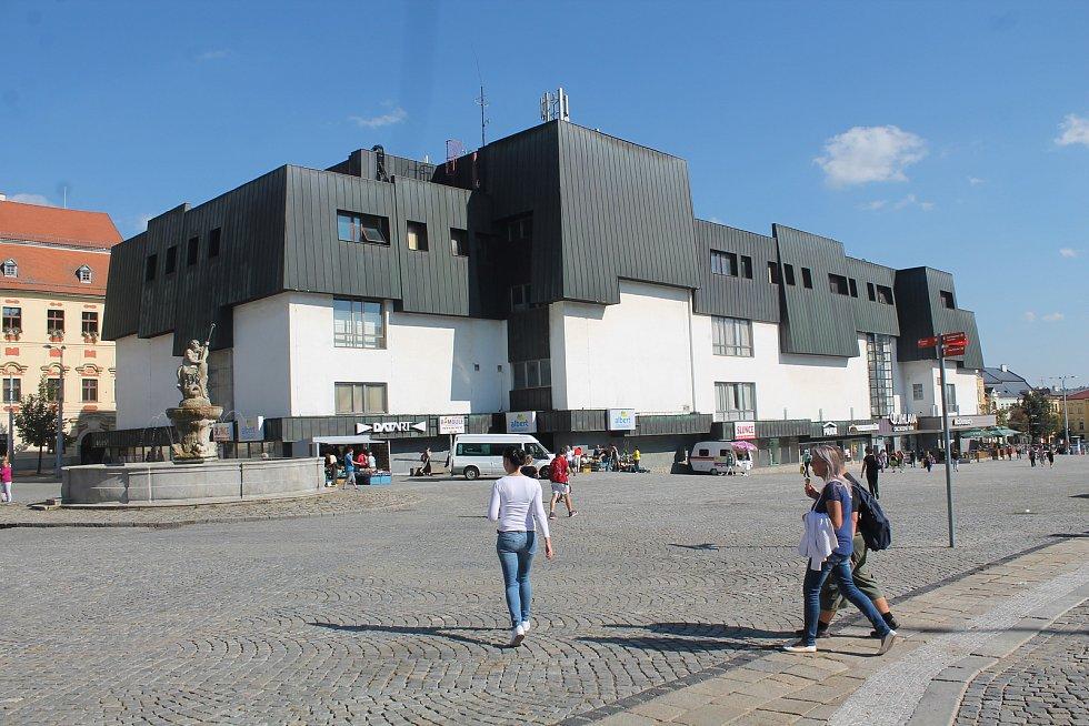 Jihlavský Prior na Masarykově náměstí.