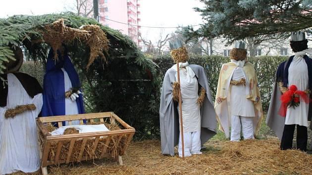 Slámový betlém mají také v centru Dobronína