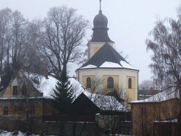 Poslední práce na kostele v Jamném  skončily před několika málo týdny.