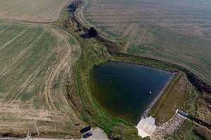 Součástí projektu bylo vybudování nové vodní nádrže.