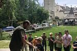 Malí myslivci soutěžili na hradě Roštejn. Ti nejlepší se podívají do národního kola v Bílých Karpatech.