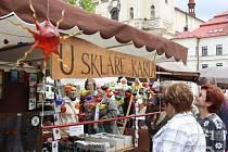 V pondělí bylo na jihlavském náměstí veselo. Zaplnily ho totiž již patnácté řemeslné trhy.