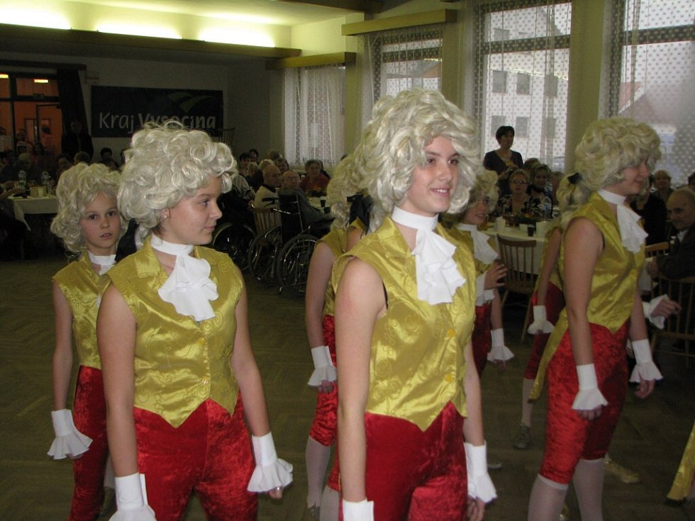 1.ročník Plesu seniorů ve Ždírci