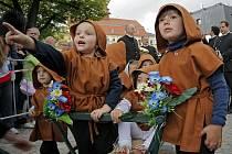 Jihlavský havířský průvod se koná jednou za dva roky. Zpestřením jsou děti v kostýmech.