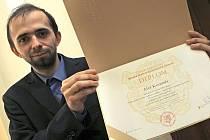 Aleš Koranda z Jihlavy včera dostal vysokoškolský diplom. Nyní ho čeká spousta práce, nadalší studium zatím nemá ani pomyšlení. Na polytechniku ale bude rád vzpomínat.