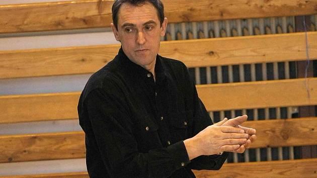 Syndrom druhých setů, tak nazývá výpadky svých hráček trenér Bedřichova Jaromír Plíhal.