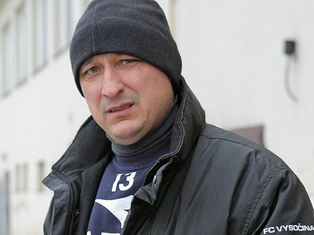 Zarputilý výraz trenéra Romana Kučery jakoby napovídal, co všechno budou muset starší dorostenci v zimní přípravě absolvovat.