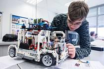Druhý ročník soutěžní přehlídky Lego Robot.