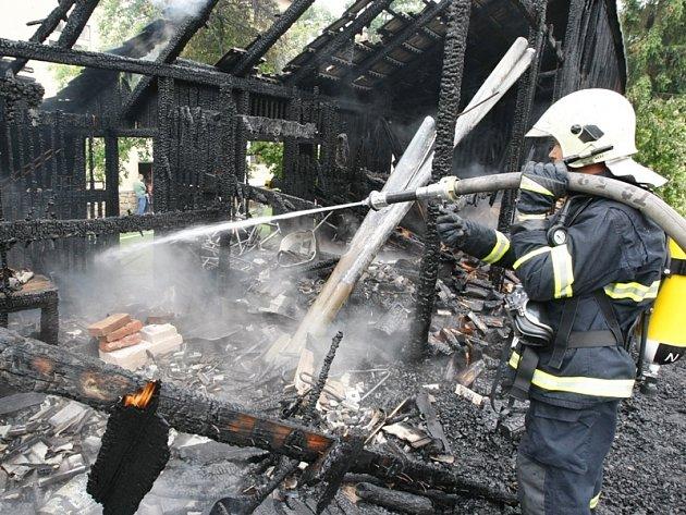 Požár kůlny v Třešti