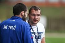 Trenér Jiří Nerad (vpravo) pomýšlel v úvodu nové sezony na větší bodový zisk. Jedna remíza ho netěší.