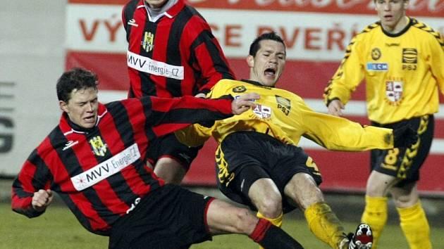 Z fotbalového utkání FC Vysočina - SFC Opava.