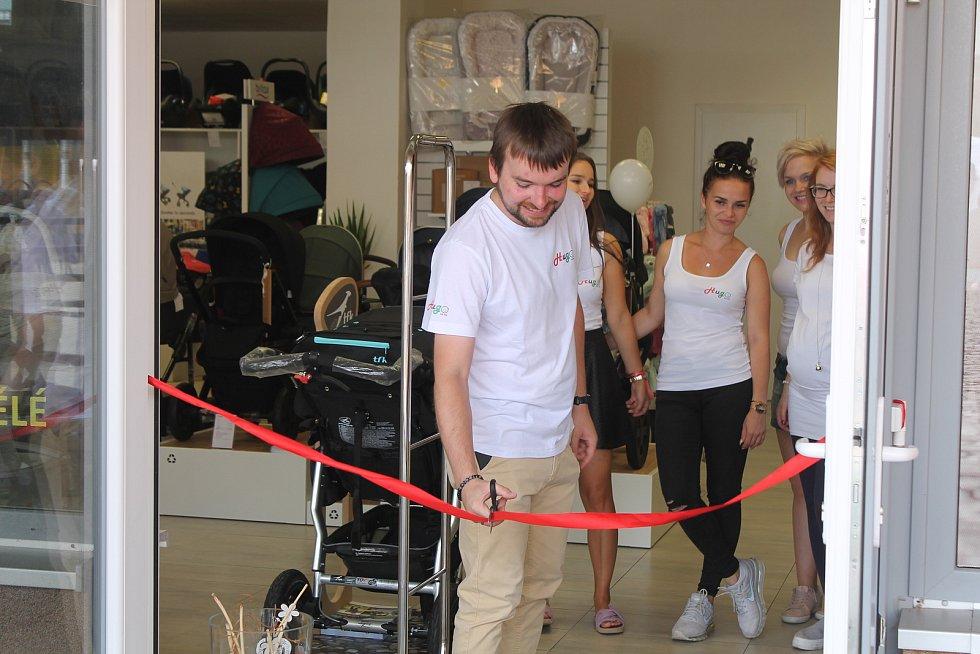 Novou prodejnu navštívilo za první dva dny až nečekaně mnoho zákazníků.