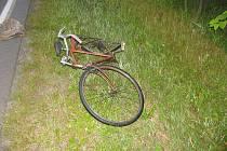 V polovině července srazil zatím neznámý řidič cyklistu u okrajové části Jihlavy – Hosova. Poničeného kola si všiml řidič, který kolem projížděl, a případ nahlásil policistům. Zraněný cyklista, jenž ležel v příkopu, byl převezen do nemocnice v Jihlavě.