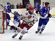V posledním utkání poslali hokejisté Telče jedenáct puků do sítě Hluboké.