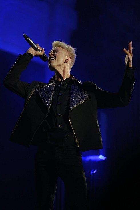 Muzikálový herec a zpěvák Richard Pekárek.