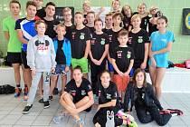 Úspěšní plavci třebíčského Spartaku na Krajském mistrovství ČR v Jihlavě a ve Žďáru nad Sázavou překonávali rekordy.