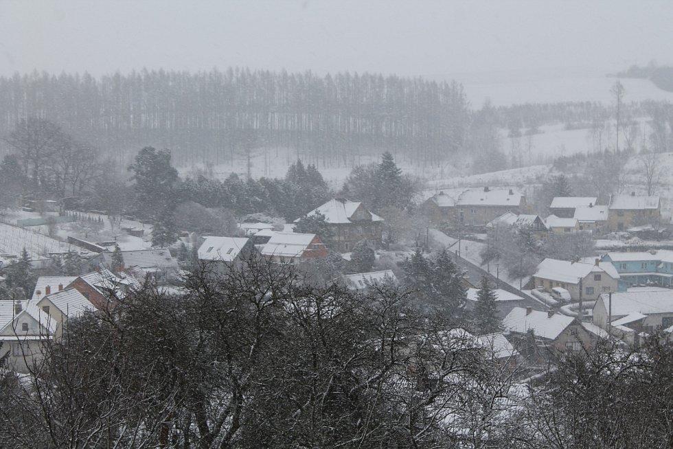 Sněhové ráno na Jihlavsku.