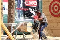 Umění s pilou. Evropský seriál dřevorubeckých závodů míří o víkendu do krajského města.