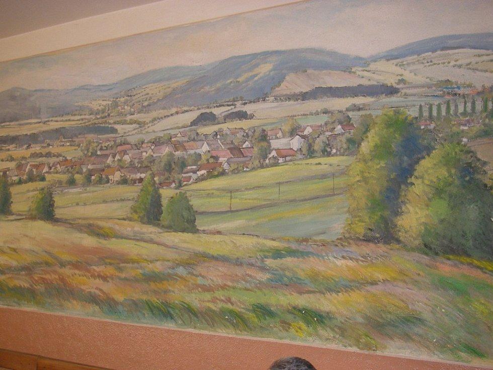 Obraz o rozměrech cca 5x3 metry, který namaloval sedlejovský rodák Antonín Nosek.