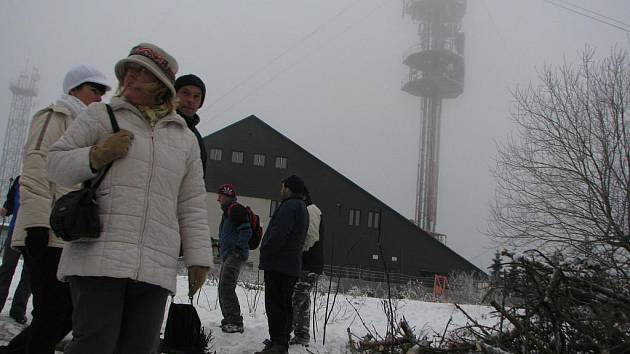 Poslední den v roce oslavil podle pořadatelů letošní 13. ročník Výstupu na Javořici s Vlastou Javořickou rekordní počet účastníků.