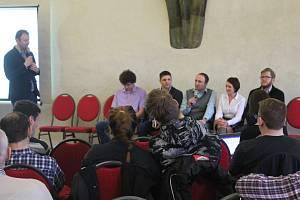 Veřejnost mohla debatovat s autory Plánu udržitelné mobility.