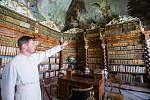 Knihovna v premonstrátském klášteře v Nové Říši.