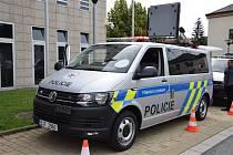 Nové vozy budou sloužit policejnímu kamion týmu.
