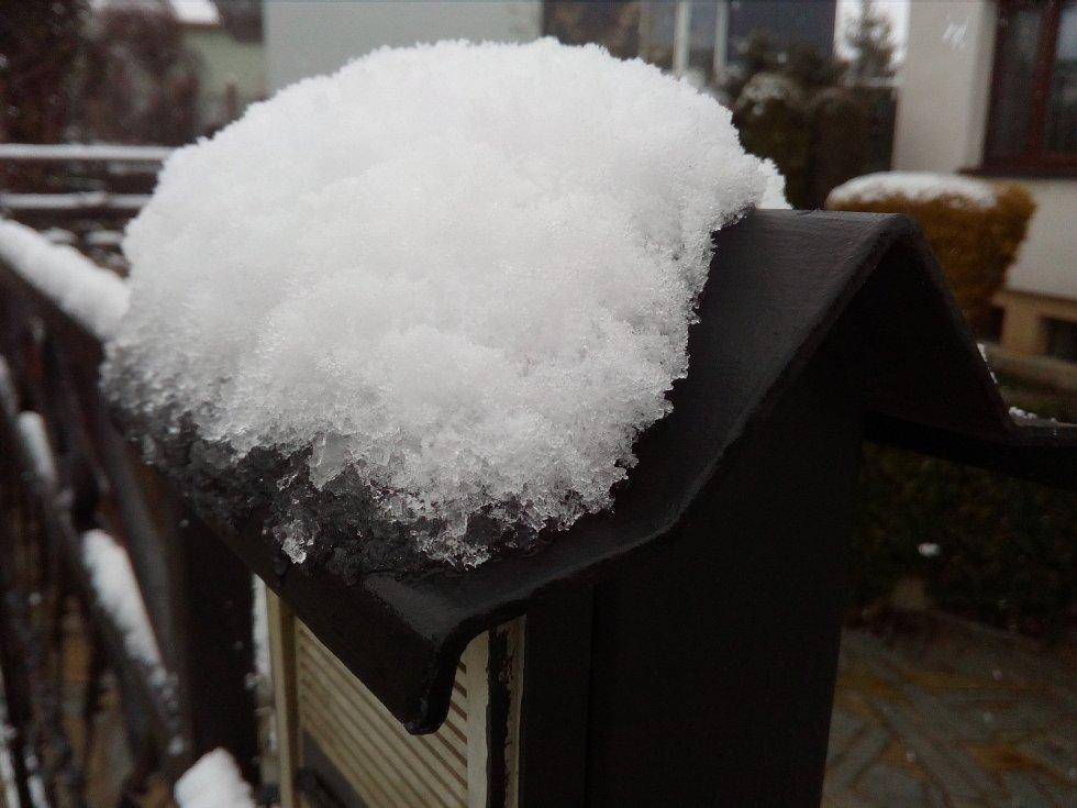V polovině dubna se na Vysočinu vrátila sněhová nabídka, nejinak tomu bylo v Lukách nad Jihlavou.