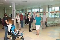 Úterní návštěvníky nového nemocničního pavilonu zajímaly nejrůznější věci.