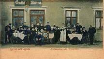 Hostinec Weibertrotz nebo též U trucbáby se v létě před rokem 1910 těšil velkému zájmu rakousko-uherských vojáků. Měli blízko na pivko, vojenská střelnice i kasárna byla odtud coby kamenem dohodil.