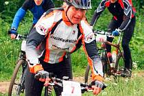 Jan Fous z pořádajícího CK Kněžice si vyjel v kategorii nad padesát let stříbro