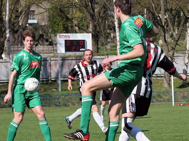 První jarní derby Na losích Havlíčkův Brod - Světlá nějak výjimečný fotbal nepřineslo. Historie duelů mezi Slovanem a Dekorou však naznačuje, že druhý pokus by měl vyjít.