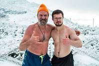 Wim Hof s Liborem Mattušem (vpravo).