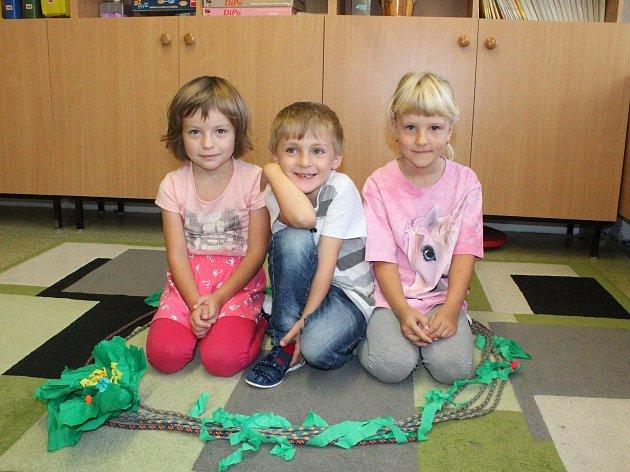 Na fotografii jsou žáci první třídy ze Základní školy a mateřské školy vCejli. Příště představíme prvňáky ze Základní školy speciální a Praktické školy Jihlava