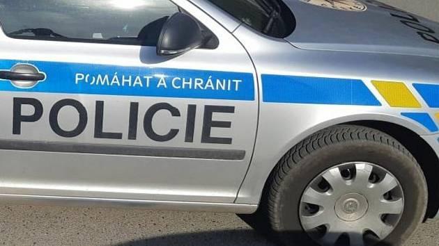 Policie auto. Ilustrační foto