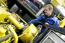 Jihlavská pobočka strojírenské firmy CZ Loko se v minulosti zabývala zejména opravami a rekonstrukcemi lokomotiv. Během patnácti let svého působení se portfolio jejích výrobků rozšířilo i na nová speciální drážní kolejová vozidla.