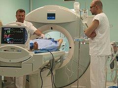 V jihlavské nemocnici vypálili jaterní metastázy pomocí mikrovln. Zákrok je rychlý.