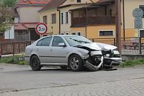 Počet nehod se stále zvyšuje, za volantem je třeba chovat se zodpovědně.