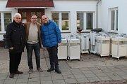 Náklad s humanitární pomocí vyjel z Německa, nyní byl dočasně uskladněn v Třebíči.