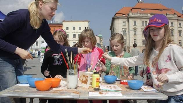 Den Země na Masarykově náměstí v Jihlavě. Ilustrační foto.
