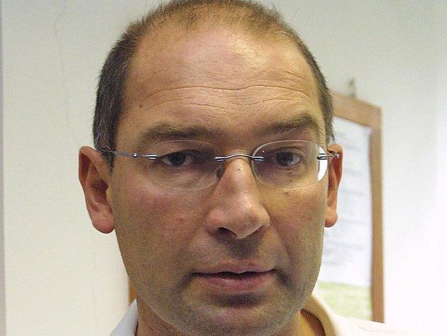 Bývalý primář dětského oddělení Jan Kozák.
