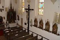 Pamětní desku do ždíreckého kostela umístili němečtí pozůstalí a pamětníci v polovině devadesátých let.