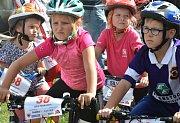 Bike Maraton Kněžice byl pro všechny. Závodilo se v mnoha kategoriích. Pestrý byl i doprovodný pr