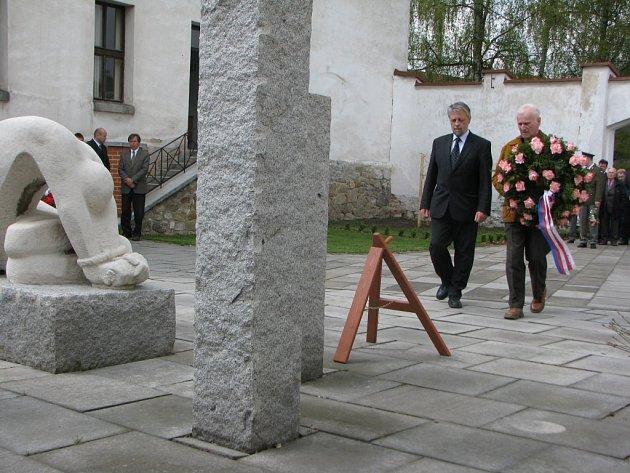 Pietní akt připomněl oběti druhé světové války.